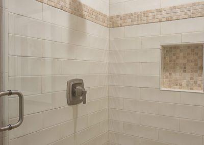 4410 Silent Trail Austin TX-print-041-2-guest bath3-1667x2500-300dpi_11
